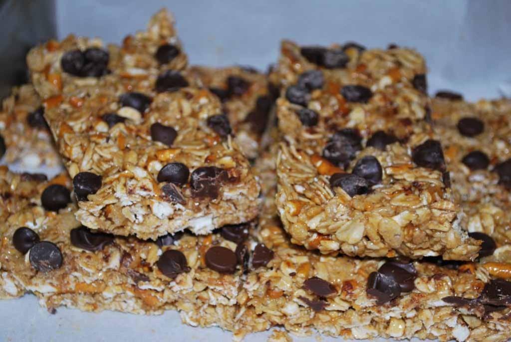 granola bars_stacked