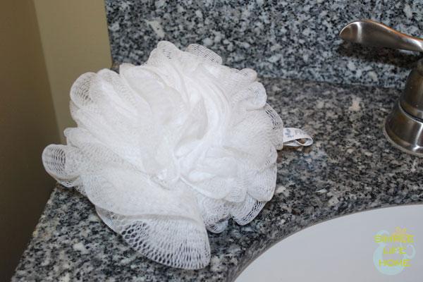 Bathroom scrunchy