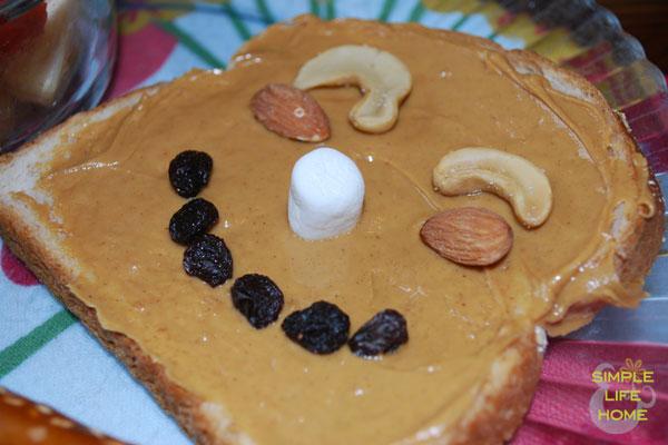 peanut butter funny face sandwich