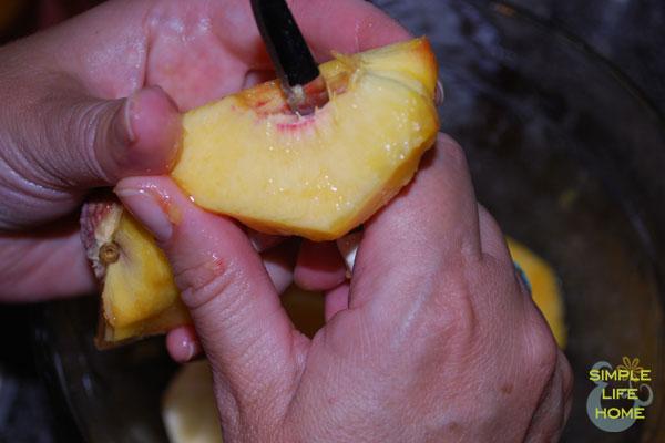 slice-the-peaches